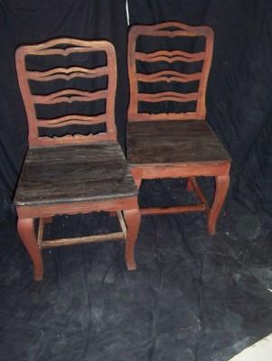 225.) gustavianska stolar i originalfärg (10/4-19)