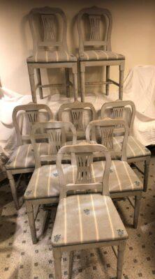 316.) 8 st. sengustavianska stolar.   (publ.2/2-21)